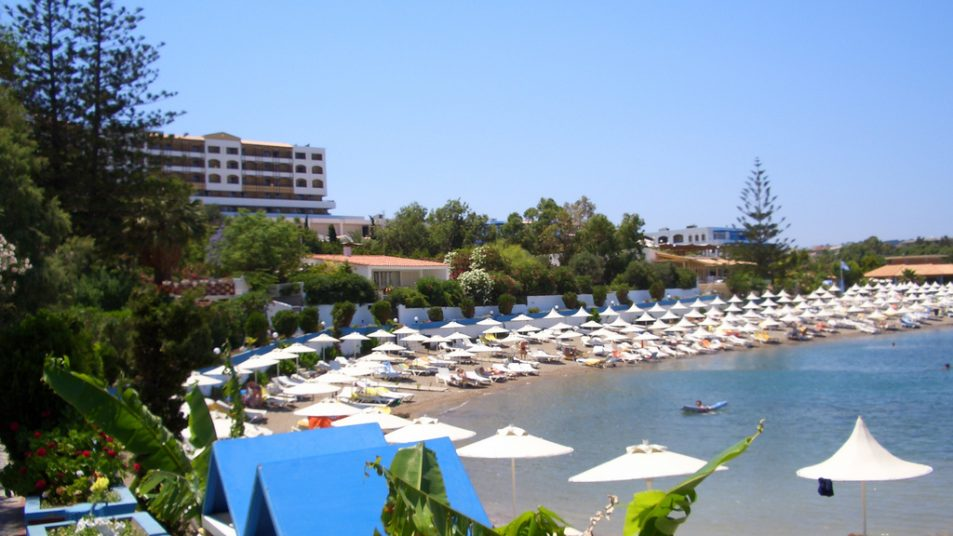 4174702089_fc2da74b7c_b_hotel-Marouso-in-greece