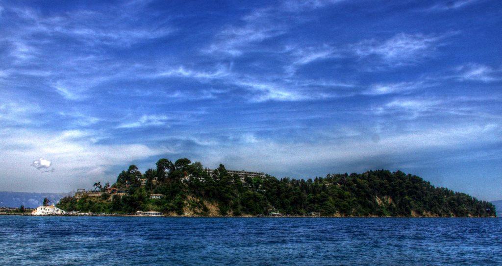 17272045176_fa151c4269_b_islands-of-Corfu