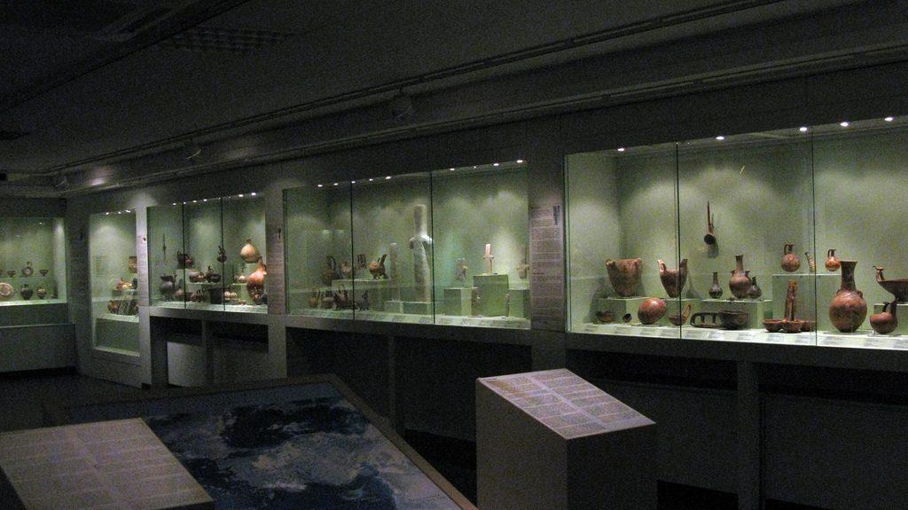 3309870642_d953ca23b1_b_-Goulandris-Museum
